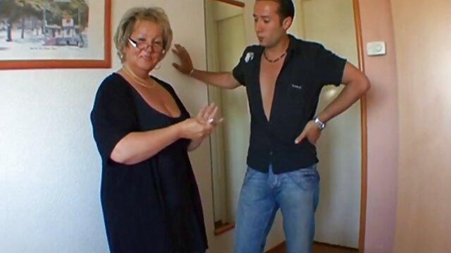 Junge ältere damen sex hottie genagelt auf Etagenbett