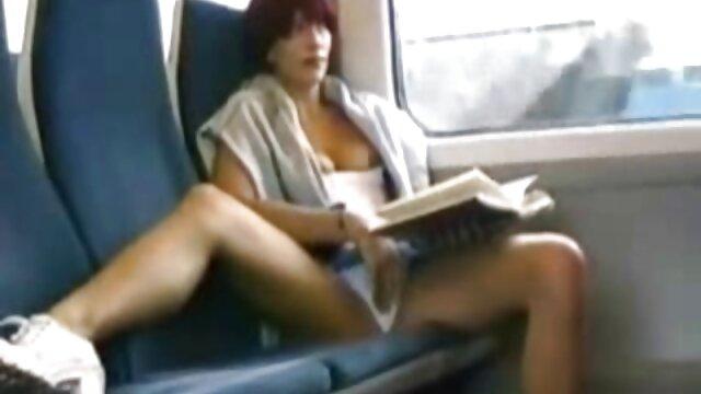 Latina sexfilme mit älteren damen Blonde Melkt Einen Schwanz Mit Ihren Füßen!