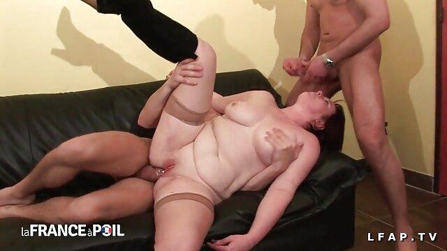 Hot busty xhamster reife damen Latina saugen pussy Saft
