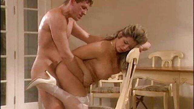 Busty gals sex movies reife frauen bitte einander mündlich